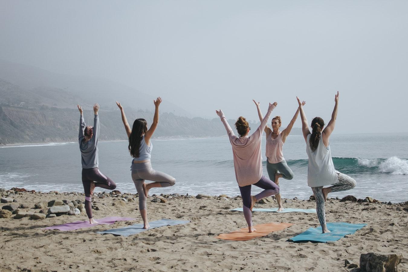 prenatal yoga third trimester