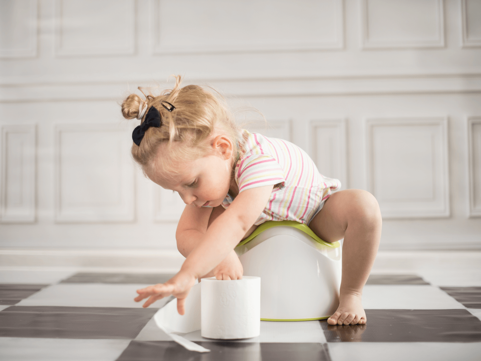 Important reminders before you start toilet training toddler