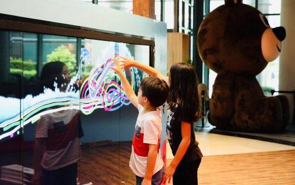 Kiztopia: Play to Learn, Learn through Play